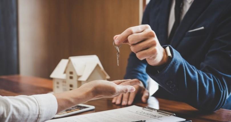 El precio de la vivienda se dispara mientras que el número de transacciones se frena